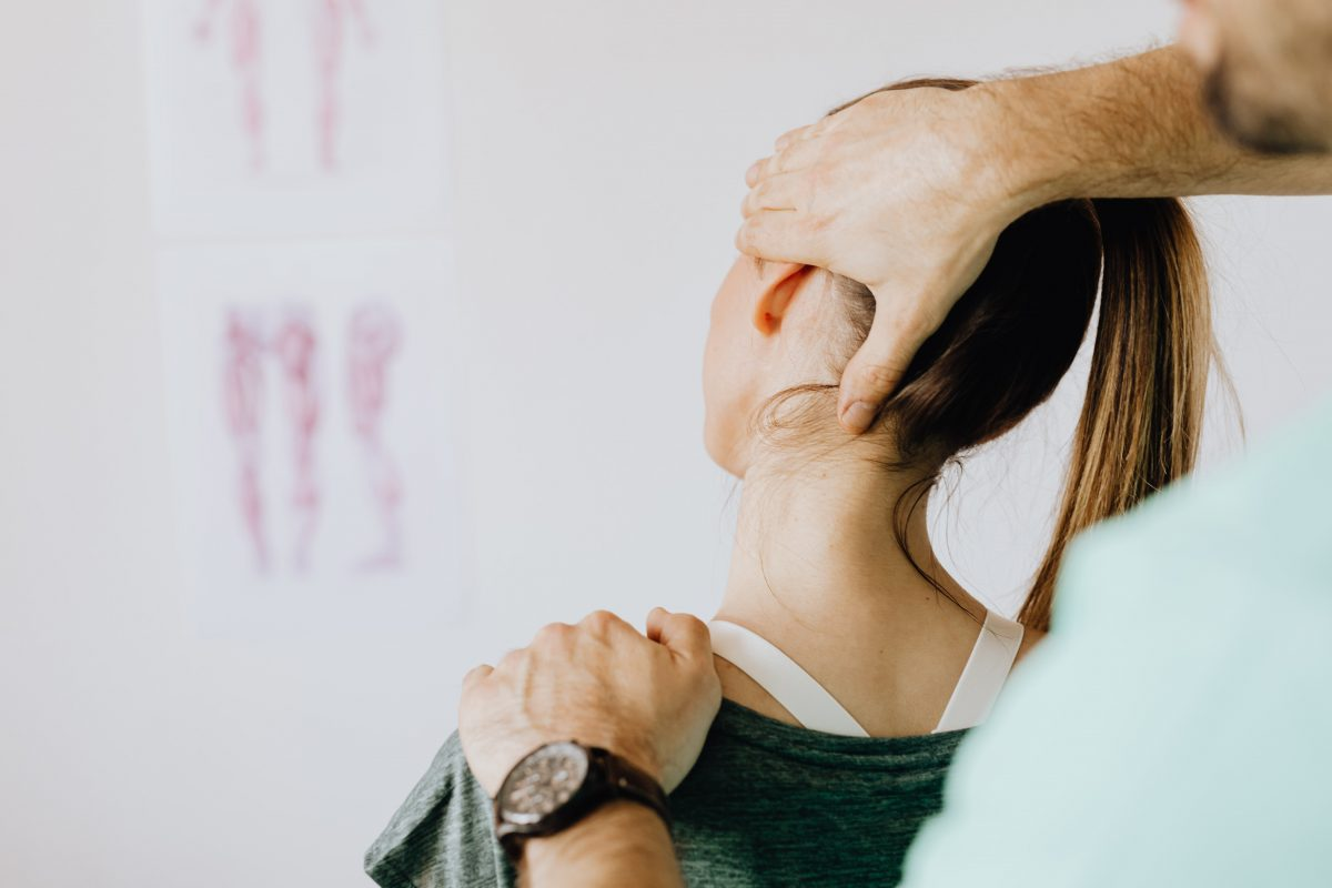 Common Treatments for a Pinched Nerve in the Neck